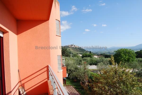Villa in vendita a Trevi, Santa Maria In Valle, Con giardino, 220 mq