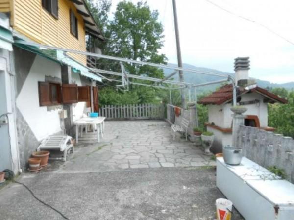 Casa indipendente in vendita a Casella, Adiacenze Centro Di Casella, Con giardino, 100 mq