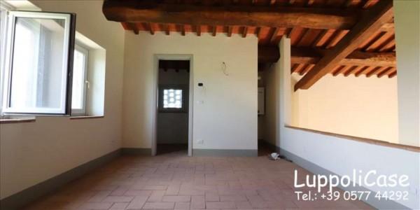 Villa in vendita a Monteroni d'Arbia, Con giardino, 104 mq