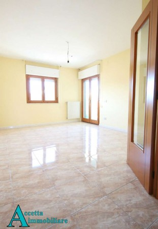 Appartamento in affitto a Taranto, Residenziale, Con giardino, 111 mq - Foto 13
