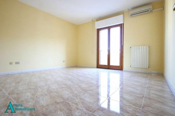 Appartamento in affitto a Taranto, Residenziale, Con giardino, 111 mq - Foto 9