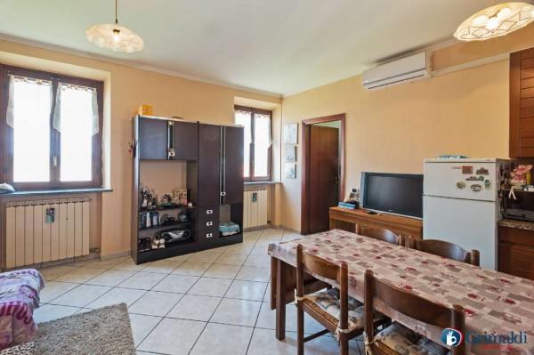 Appartamento in vendita a Pregnana Milanese, Arredato, con giardino, 55 mq