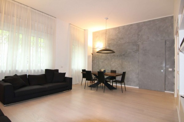 Appartamento in vendita a Milano, Fiera, 140 mq