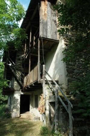 Rustico/Casale in vendita a Viù, Frazione Stretti, Con giardino, 100 mq