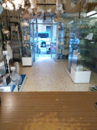 Locale Commerciale  in affitto a Roma, Viale Regina Margherita, 36 mq