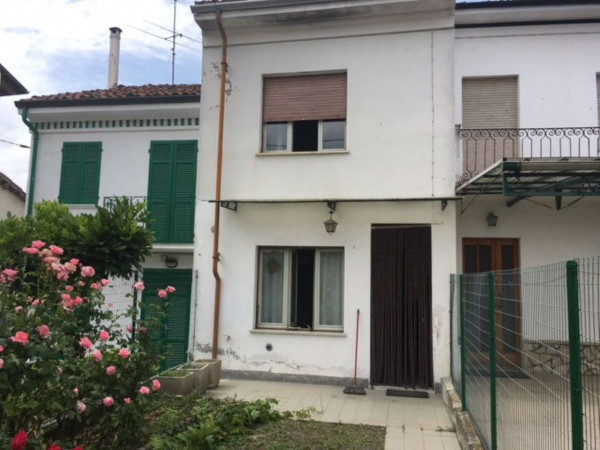 Villetta a schiera in vendita a Oviglio, Con giardino, 100 mq