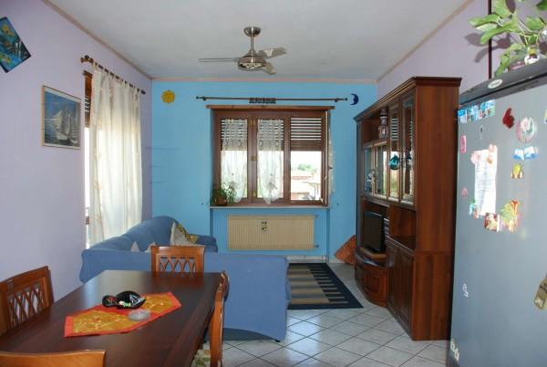 Appartamento in vendita a Racconigi, Semi Centrale, Con giardino, 90 mq