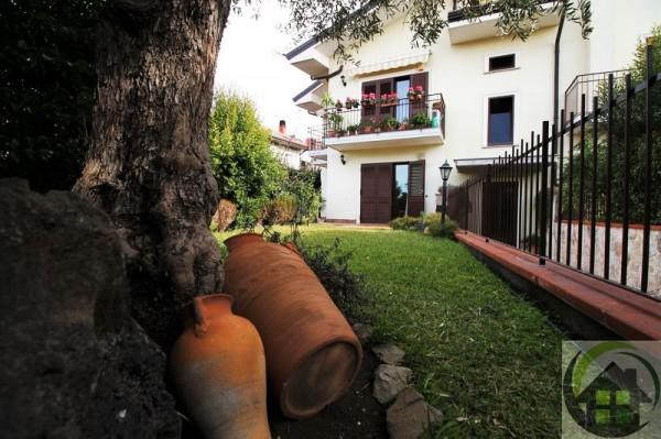 Appartamento in vendita a Trecastagni, Con giardino, 100 mq