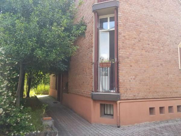 Appartamento in vendita a Milano, Piazzale Brescia, Con giardino, 55 mq - Foto 1