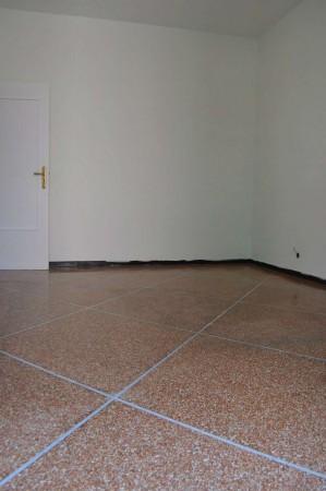 Appartamento in vendita a Recco, Centro, 80 mq