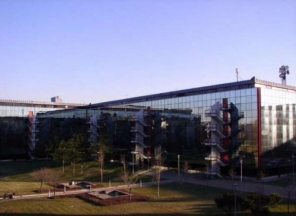 Ufficio in affitto a Assago, 240 mq