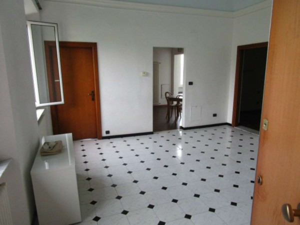 Appartamento in affitto a Genova, Belvedere, 90 mq
