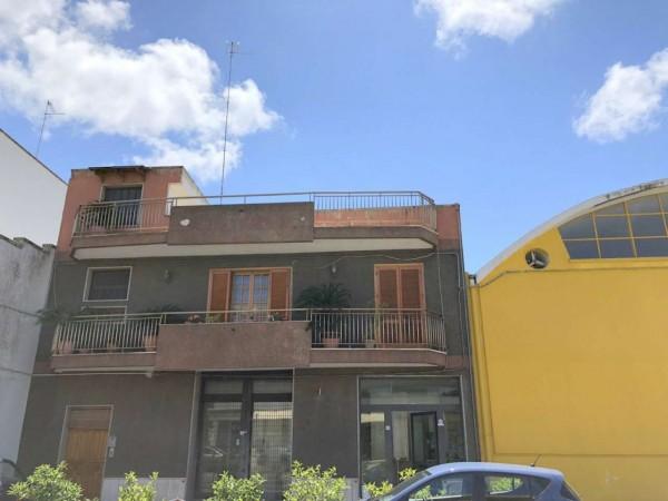 Casa indipendente in vendita a Lecce, Via Taranto, Con giardino, 220 mq