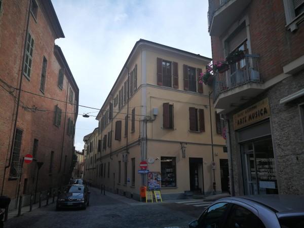 Cessione di locale commerciale  a Asti, Centro, 150 mq - Foto 2
