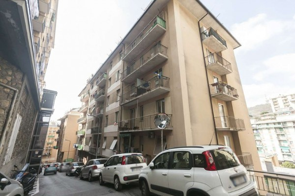 Appartamento in vendita a Genova, Vesuvio, 80 mq