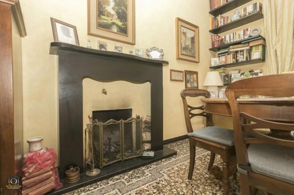 Appartamento in vendita a Genova, Con giardino, 160 mq
