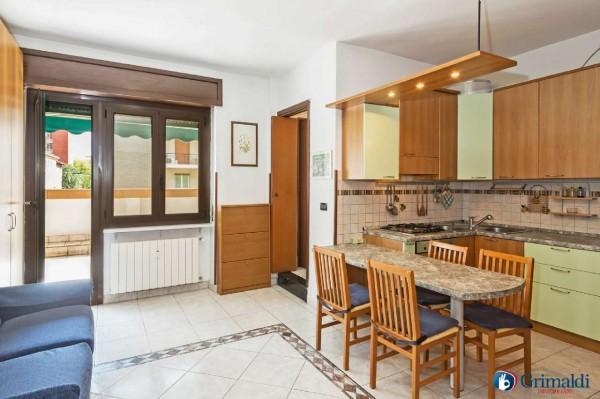 Appartamento in vendita a Milano, Arredato, con giardino, 40 mq