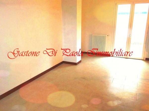 Appartamento in vendita a Milano, Piazzale Cuoco, 62 mq