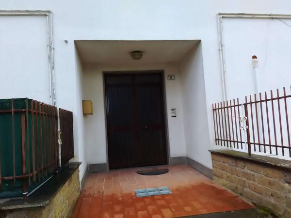 Appartamento in affitto a Vetralla, Con giardino, 90 mq