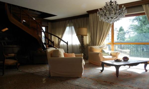 Appartamento in affitto a Milano, San Siro, Arredato, con giardino, 270 mq