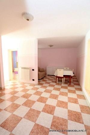 Appartamento in affitto a Taranto, Semicentrale, Arredato, 65 mq