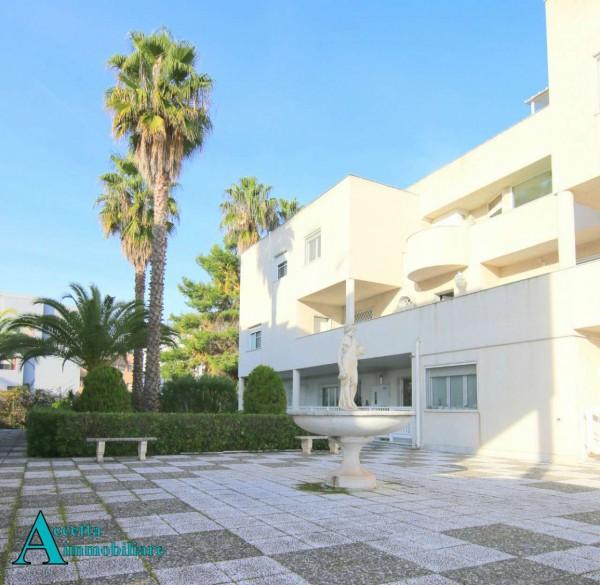Appartamento in vendita a Taranto, Residenziale, Con giardino, 158 mq