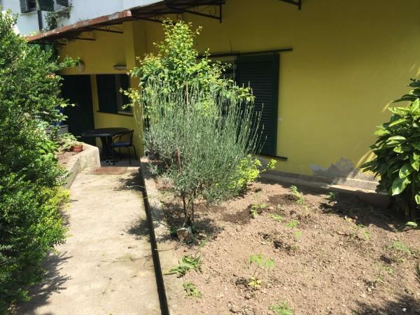 Appartamento in vendita a Leggiuno, Arredato, con giardino, 60 mq