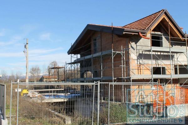 Villa in vendita a Cassano d'Adda, Con giardino, 270 mq