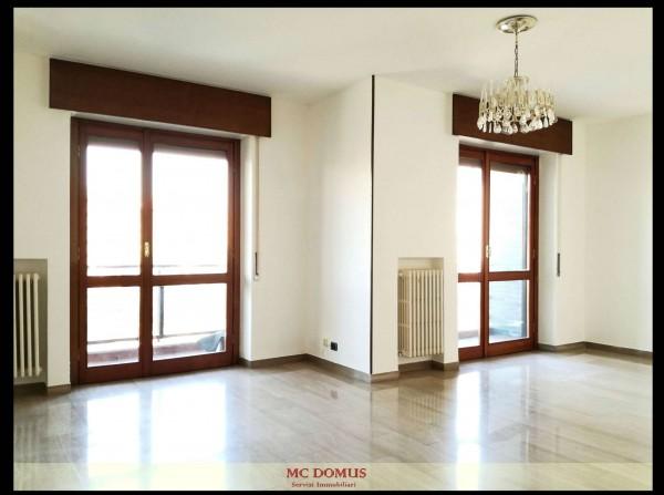Appartamento in vendita a Milano, Bande Nere, Con giardino, 141 mq