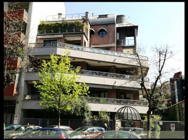Appartamento in vendita a Milano, Gambara, Con giardino, 125 mq