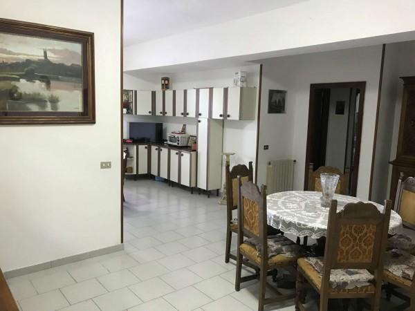 Appartamento in affitto a Sant'Anastasia, Con giardino, 90 mq