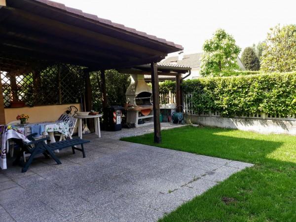 Villetta a schiera in vendita a Robassomero, Con giardino, 180 mq