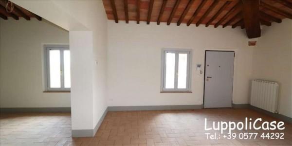 Appartamento in vendita a Monteroni d'Arbia, Con giardino, 129 mq