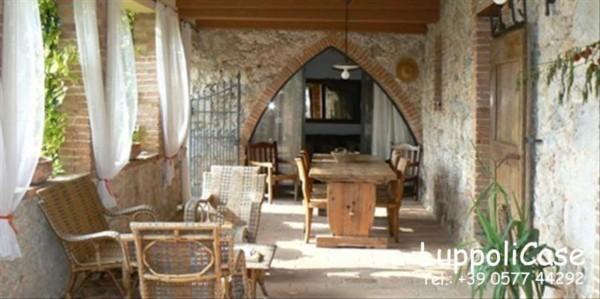 Villa in vendita a Sovicille, Con giardino, 180 mq