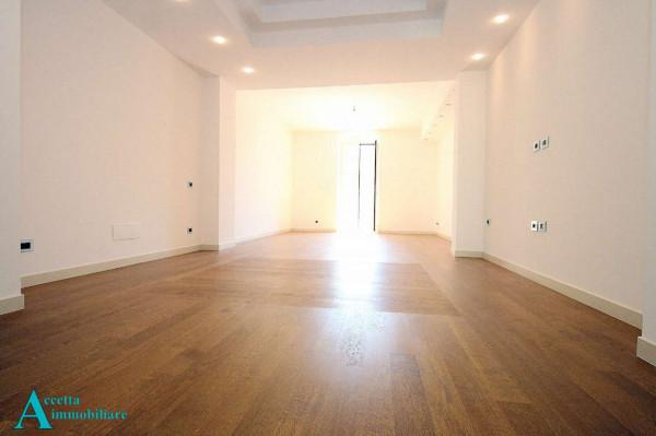Appartamento in vendita a Taranto, Residenziale, 132 mq