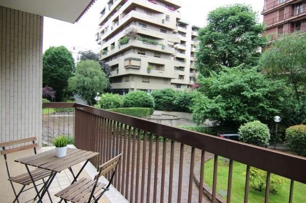 Appartamento in vendita a Milano, De Angeli, Con giardino, 120 mq