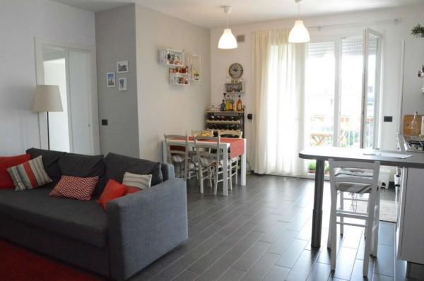 Appartamento in vendita a Campi Bisenzio, La Madonnina, Con giardino, 70 mq