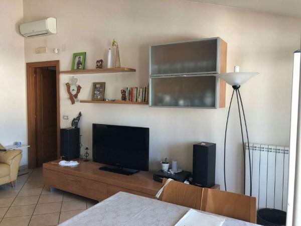 Appartamento in vendita a Pollena Trocchia, 70 mq