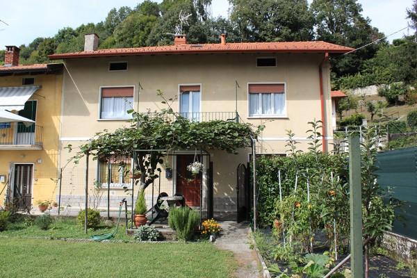 Casa indipendente in vendita a Monvalle, Con giardino, 140 mq