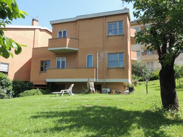 Villa in vendita a Spoleto, Centrale, 186 mq