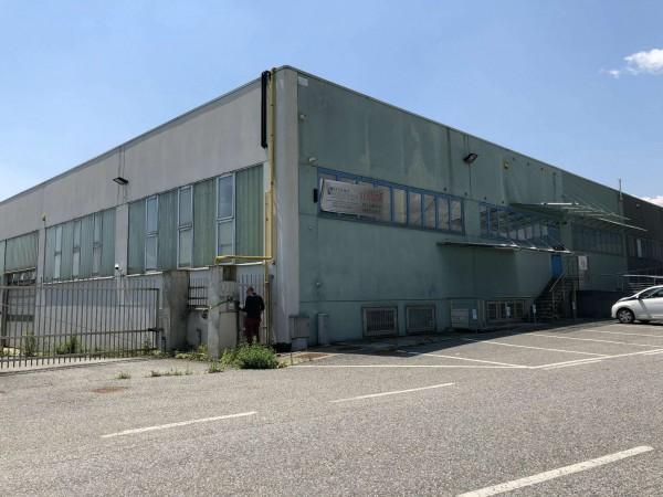 Capannone in vendita a Givoletto, 2700 mq