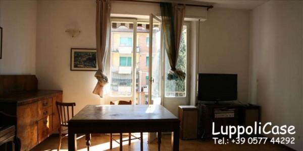 Appartamento in vendita a Siena, 123 mq