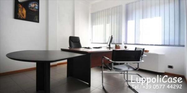 Ufficio in vendita a Siena, 85 mq