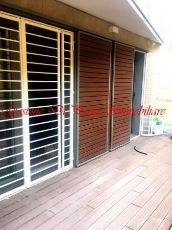 Appartamento in vendita a Milano, Centro Storico, Con giardino, 86 mq