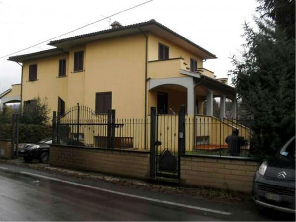 Villa in vendita a Vetralla, Con giardino, 150 mq