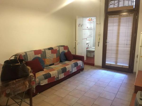 Appartamento in affitto a Bologna, Centro Storico, Arredato, 60 mq