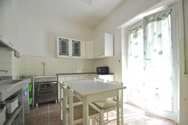 Appartamento in affitto a Genova, Sestri Ponente, 70 mq