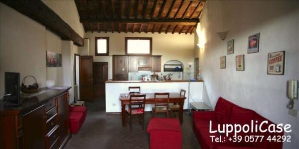 Appartamento in vendita a Siena, 120 mq