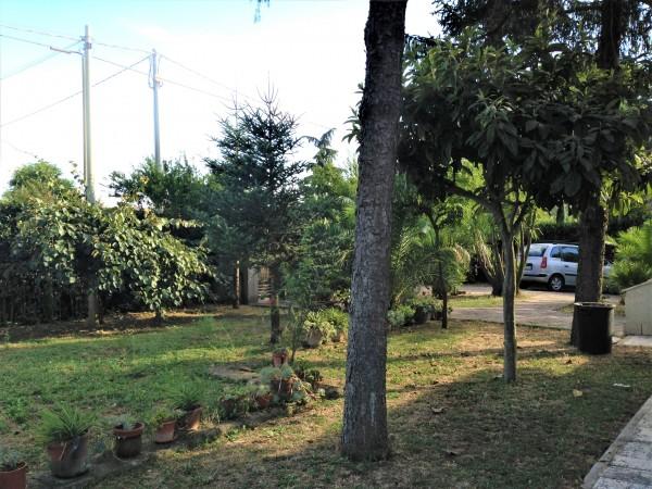 Villa in vendita a Marino, Santa Maria Delle Mole, Con giardino, 400 mq