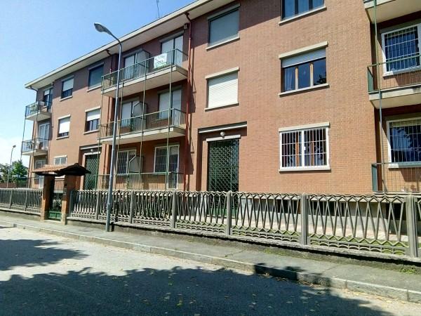 Appartamento in vendita a Piobesi Torinese, Centrale, Con giardino, 78 mq